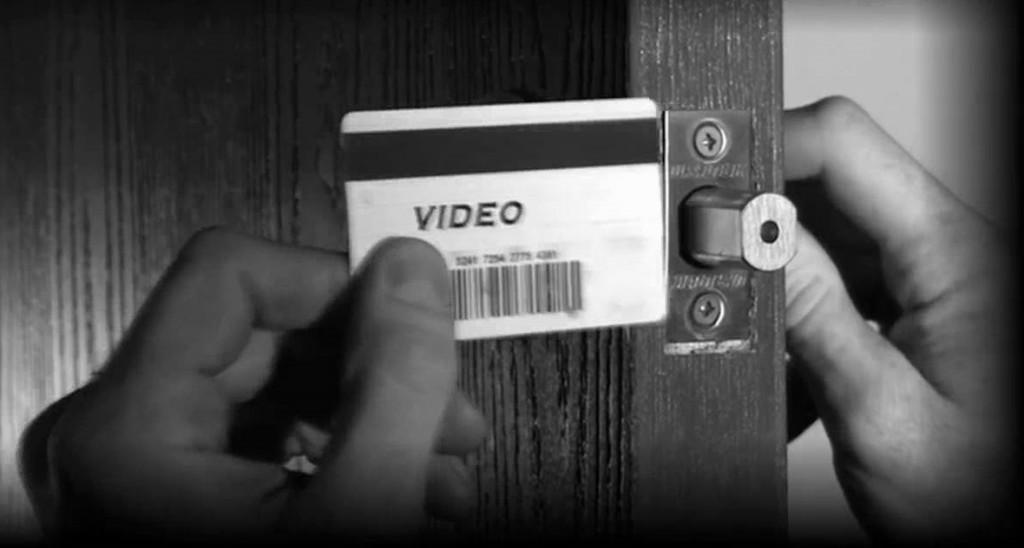 Cómo abrir una cerradura sin llave